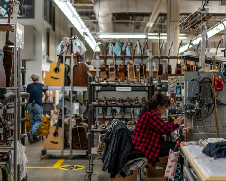 Martin Guitar Factory 022819 030