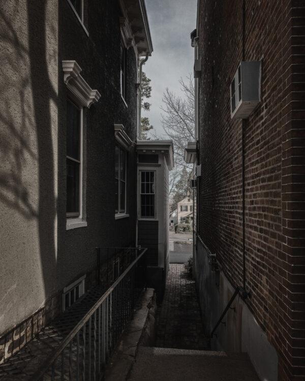 An alleyway in Doylestown